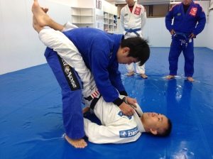 Hayakawa sensei teaching some knee trap sweeps